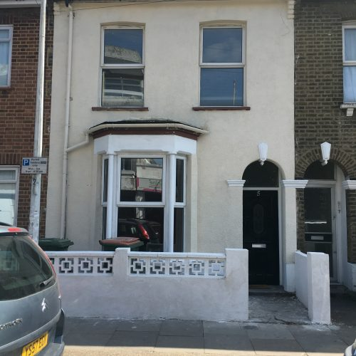 4/5 Bedroom House - Forest Gate E7