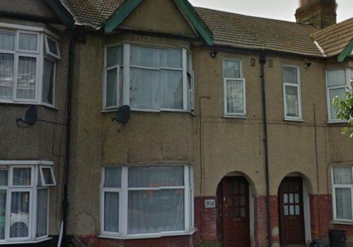 1 Bedroom First Floor Flat - Ilford lane IG1